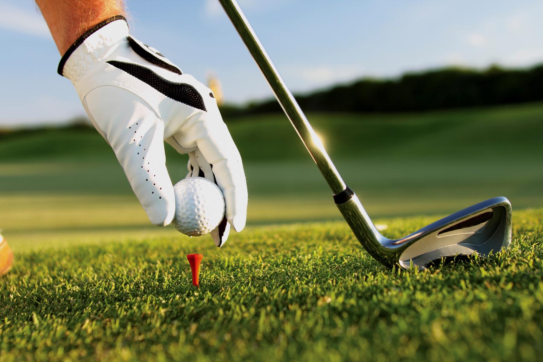 vi-sao-vinpearl-golf-land-nha-trang-lai-hut-gioi-dau-tu